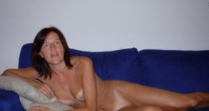 Ich bin eine sexgeile MILF und will mit dir ficken