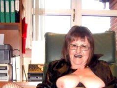 heute noch notgeile Granny ficken